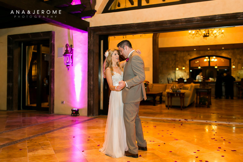 cabo-wedding-photography-at-villa-de-los-suenos-44